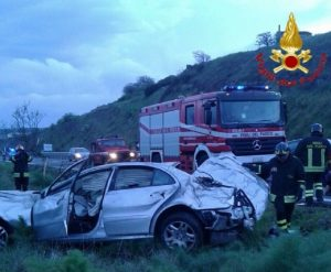 Macomer, incidente sulla 131: ferito lo scultore Marco Silecchia