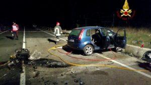 Gubbio, tre persone morte in un incidente frontale