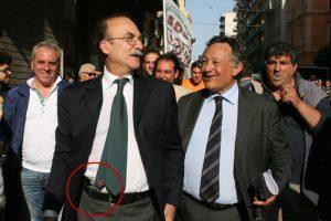 Ippazio Stefano, sindaco di Taranto, assolto per la pistola in pubblico