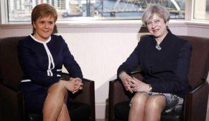 """Theresa May, Nicola Sturgeon accusa: """"Ha indetto elezioni per prevenire le accuse di frode"""""""