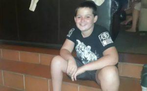 """Sudafrica, ragazzino di 11 anni attaccato da leone """"addomesticato"""": è in condizioni gravissime"""