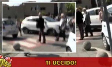 """Striscia la notizia, Luca Abete minacciato da un parcheggiatore abusivo: """"Ti uccido"""""""