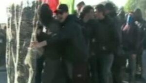 Lucca, G7 Esteri. Duri scontri tra polizia e centri sociali