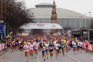 """Maratona, Roma ancora bloccata, ostaggio di 16 mila """"runner"""", siamo prigionieri della demagogia"""