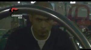 """Terrorismo, arrestato marocchino a Torino. Sul web incitava alla jihad: """"Traditori allo spiedo Kebab"""""""