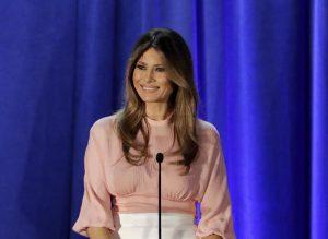 Daily Mail condannato: 3mln di dollari a Melania Trump per aver scritto che era una escort