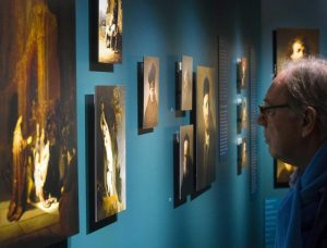 Monza: si fingono ricchi ebrei e rubano un Rembrandt e un Renoir a un mercante d'arte