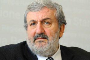 Pd, Michele Emiliano escluso dalle primarie di Liguria e Lombardia