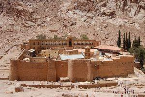 Isis attacca Sinai egiziano: colpito posto di blocco al monastero di Santa Caterina