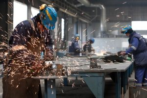 Istat: tasso disoccupazione scende all'11,5% in un anno. Quella giovanile cala al 35,2%