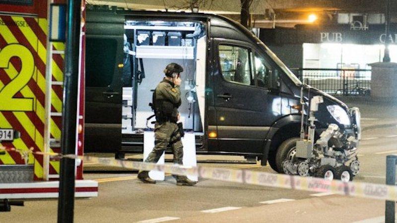 Bomba in pieno centro ad Oslo: ristoranti e negozi chiusi