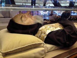 Padre Pio in tour negli Usa: le reliquie nelle cattedrali americane