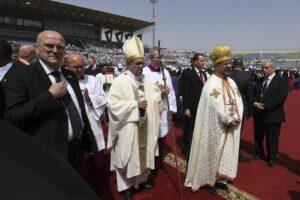 """Papa Francesco al Cairo: """"Unico estremismo ammesso per i credenti è la carità"""""""