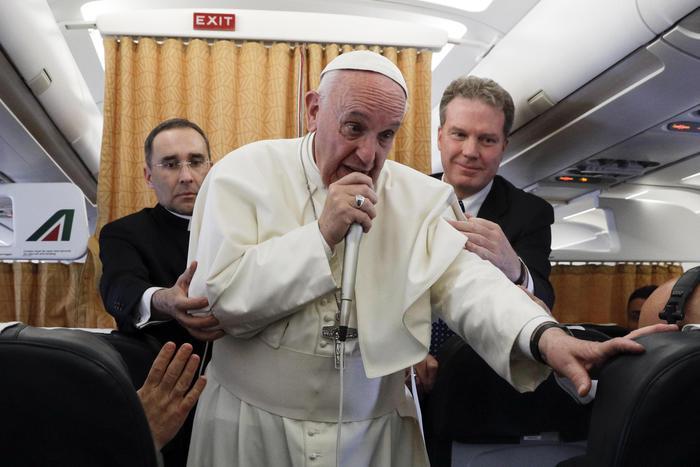 """Giulio Regeni, papa Francesco: """"Mi sono mosso. Il caso mi preoccupa"""""""