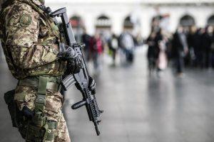 Pasqua, Roma sorvegliata speciale: 3mila agenti e cani anti-esplosivo