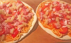 Pizza con spaghetti in scatola, la ricetta del premier della Nuova Zelanda