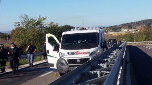 Solofra: assalto al portavalori vicino a svincolo autostrada con chiodi e spari