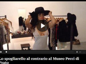 Prato, spogliarello al contrario al Museo Pecci