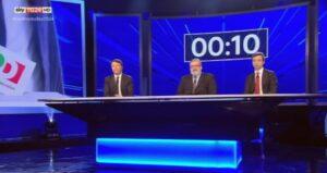 Primarie Pd, confronto tv Renzi-Orlando-Emiliano. Scontro sugli 80 euro