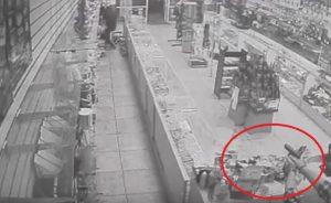 Las Vegas, rapinatore tredicenne ucciso a colpi di pistola dal proprietario del negozio