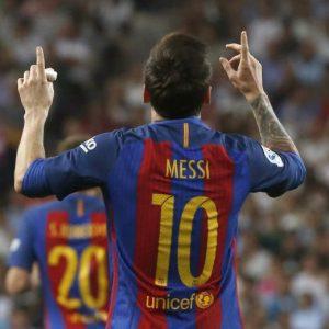 Real Madrid-Barcellona 2-3 highlights, Messi doppietta (video gol)