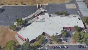 Sparatoria San Bernardino, apre il fuoco in scuola elementare: 3 feriti