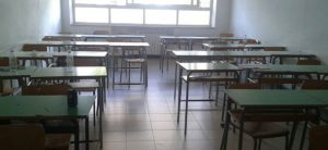 """Locri, sequestrate due scuole """"totalmente abusive"""". Bloccato ingresso di 800 studenti"""