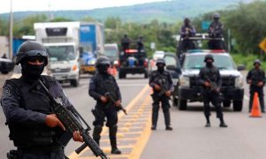 Messico, tre cadaveri gettati da un aereo in Sinaloa: hanno segni di torture