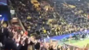 Borussia Dortmund, il coro dei tifosi del Monaco a sostegno degli avversari