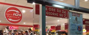 Friuli Venezia Giulia: supermercati aperti a Pasquetta nonostante divieti, multe e scomuniche