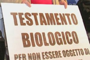 Testamento biologico legge obbrobrio, non è eutanasia, solo libertà di non soffrire