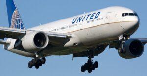 Overbooking, United Airlines rilancia: 10mila euro ai passeggeri che rinunciano al posto