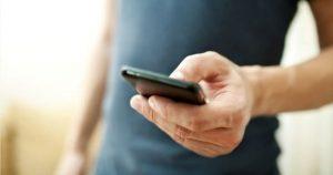 Telefonia mobile: conviene ancora rimanere con lo stesso operatore?
