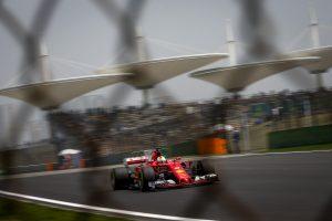 Formula 1, Gp Cina prove libere: Ferrari domina, Vettel primo Raikkonen secondo