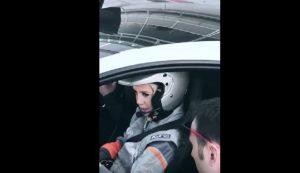 Wanda Nara in pista a Monza con una McLaren