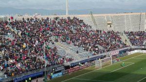 """Ultras Sconvolts: """"I cori li facciamo noi"""", picchiato tifoso a Cagliari"""