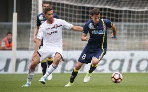 Il Palermo e' matematicamente retrocesso in serie B, a tre giornate dal termine del campionato. La squadra rosanero ha pareggiato 1-1 in casa del Chievo, e non può più raggiungere il quartultimo posto.