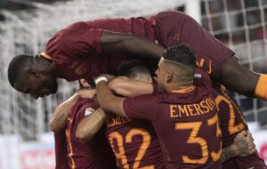 Serie A, Roma rimanda festa Juventus. Napoli terzo, Inter in crisi