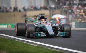 F1 Gp Spagna: Lewis Hamilton in pole, 2° Sebastian Vettel su Ferrari