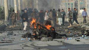 Afghanistan, attentato contro un convoglio di truppe straniere: otto morti