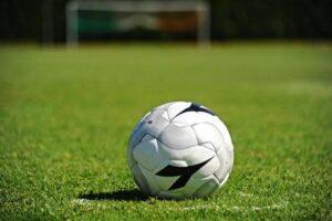 Lega Pro, Taranto: calciatori aggrediti allo stadio. Denunciati 12 ultras