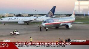 YOUTUBE Austin, due aerei si agganciano con le ali in fase di decollo