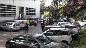 Roma, due esplosioni in via Marmorata: bombe contro le Poste, pista anarchica