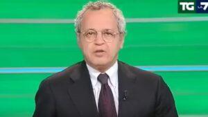 """YOUTUBE Enrico Mentana: """"Beppe Grillo ci ha fatto due blog così con la libertà di stampa"""""""