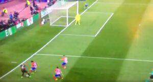 Atletico Madrid-Real, video numero Karim Benzema su gol di Isco