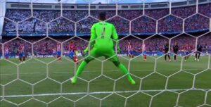 Atletico Madrid-Real, Griezmann rigore irregolare: c'è doppio tocco