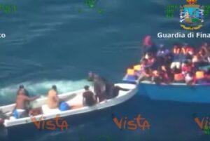 YOUTUBE Migranti, arrestato il trafficante che ha ucciso per un cappellino da baseball