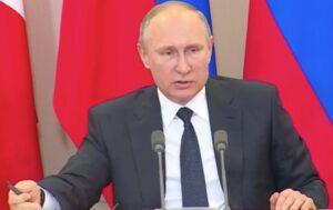 """Putin: """"L'incontro tra Trump e Lavrov? Pronti a presentare la registrazione"""""""