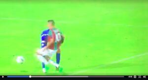 Ternana, lo strano gol salvezza di Falletti: ruba palla al portiere e segna (VIDEO)