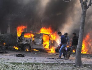 Iraq, autobomba a Baghdad: 10 morti, 22 feriti. Attentato rivendicato da Isis